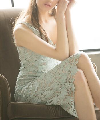 コットンレースコントラストドレス
