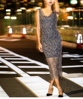 ラメクロシェレースドレス