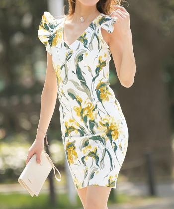 フラワーフリルスリーブドレス