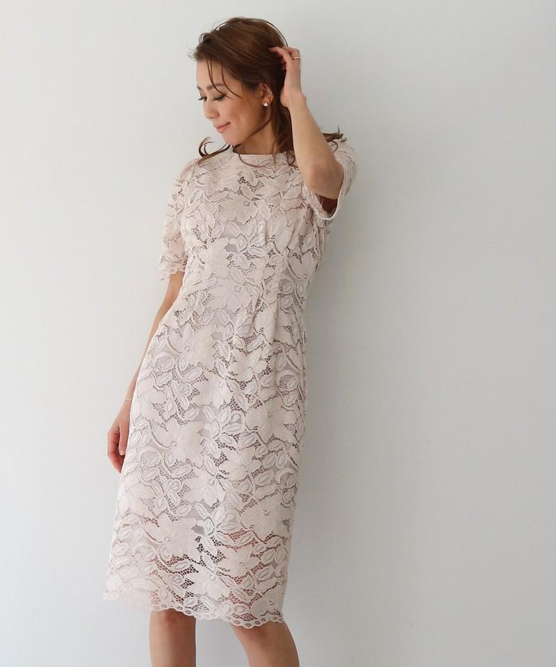 コードレースショートスリーブドレス